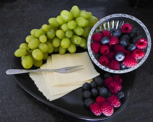 Terveelliset marjat hedelmät kasvikset ja vihannekset